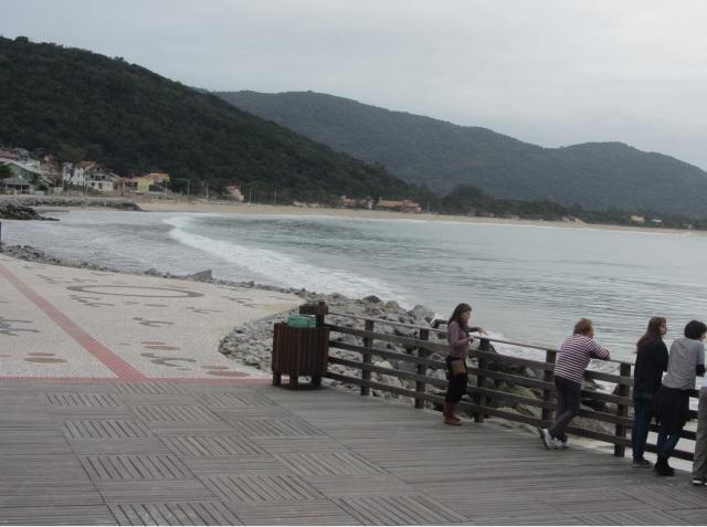 Calçadão e Praia