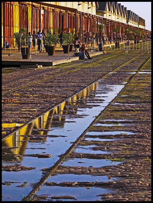 O cais do porto em um dia especialmente arrumado. Linda foto de Helena Braga