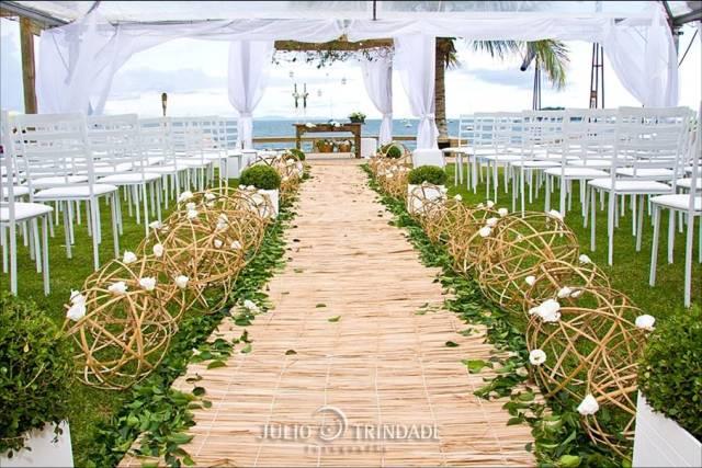 Espaço da cerimônia...se for muita gente, considere colocar mesas nesse espaço