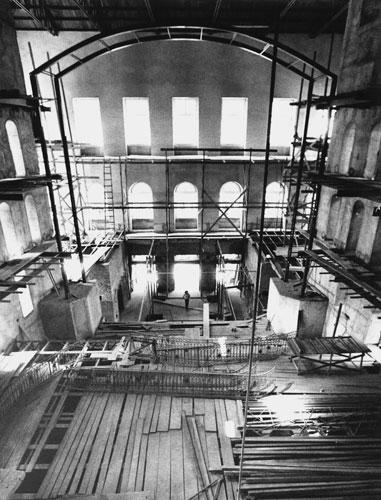 A reconstrução. Foto de divulgação do Theatro