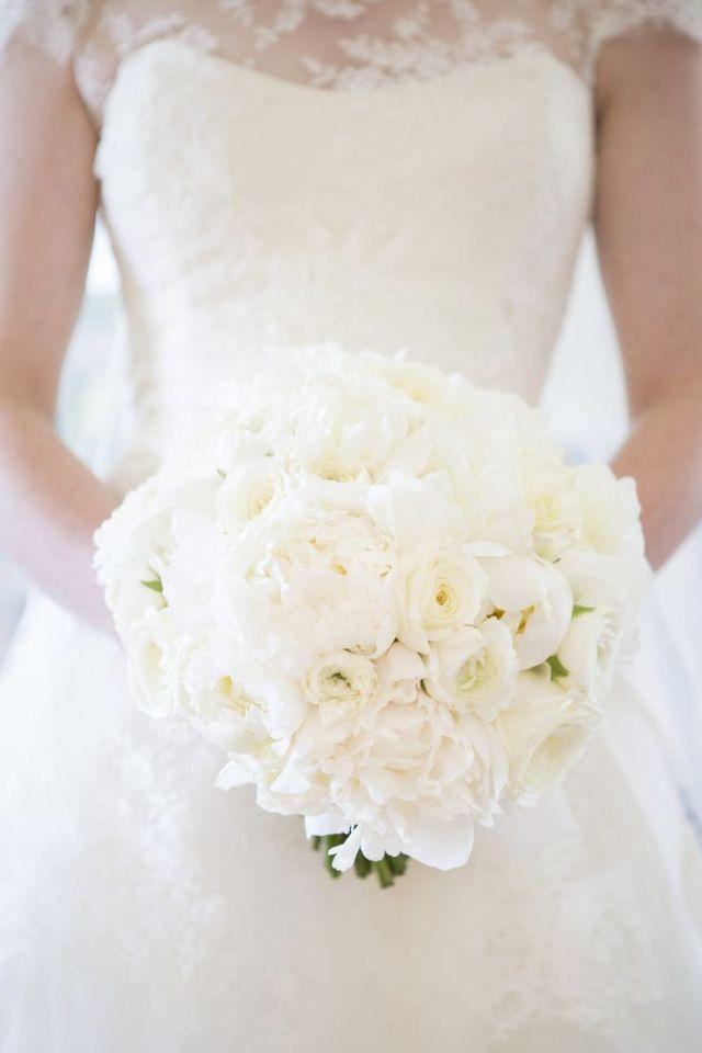 bridal-bouquet-18-06162015ch